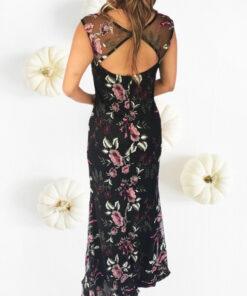 Vestido_largo_estampado_flores_elegante_alquiler_bogota